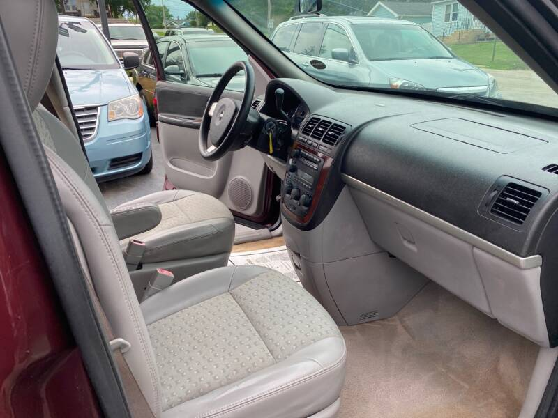 2006 Chevrolet Uplander LT 4dr Extended Mini-Van w/2LT - Crest Hill IL