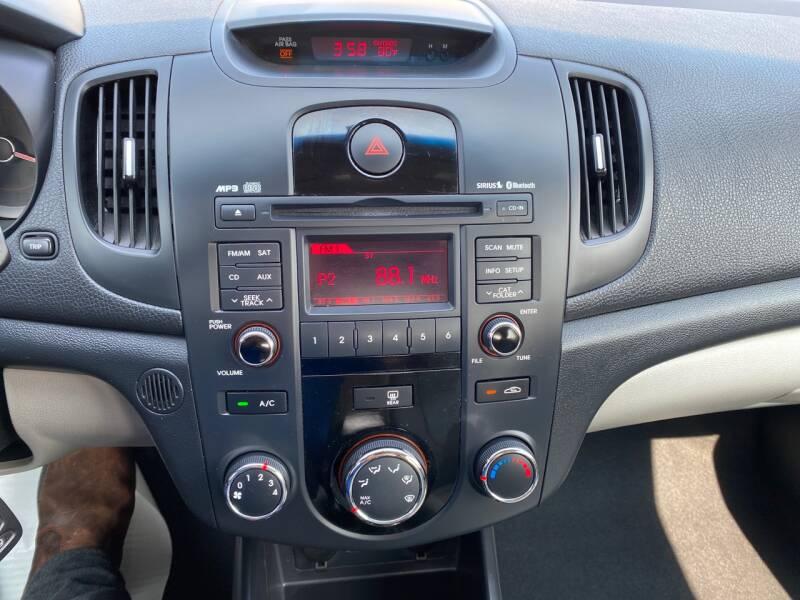 2011 Kia Forte EX 4dr Sedan 6A - Crest Hill IL