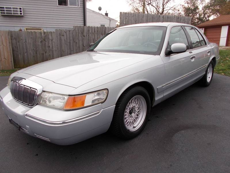 2001 mercury grand marquis gs 4dr sedan in crest hill il car mas broadway 2001 mercury grand marquis gs 4dr sedan
