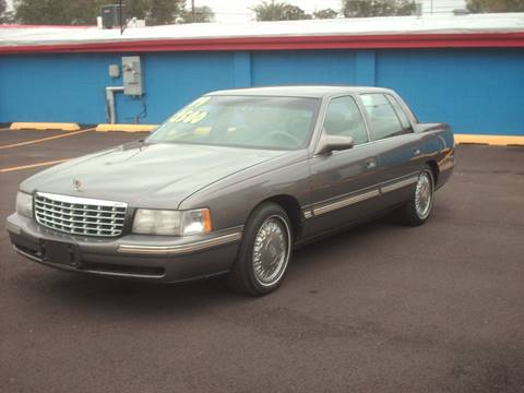 1999 Cadillac DeVille for sale at Car Mas Broadway in Crest Hill IL