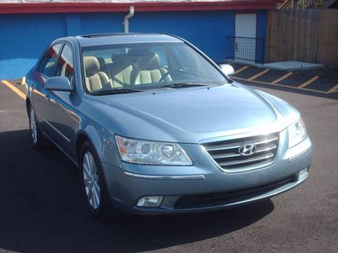 2009 Hyundai Sonata for sale at Car Mas Broadway in Crest Hill IL