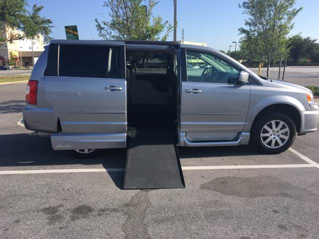 2016 Chrysler Town and Country for sale at Diversified Auto Sales of Orlando, Inc. in Orlando FL