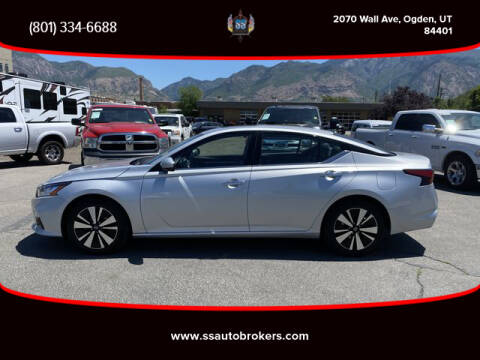 2019 Nissan Altima for sale at S S Auto Brokers in Ogden UT