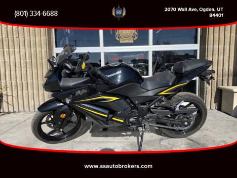 2012 Kawasaki Ninja 250R for sale at S S Auto Brokers in Ogden UT