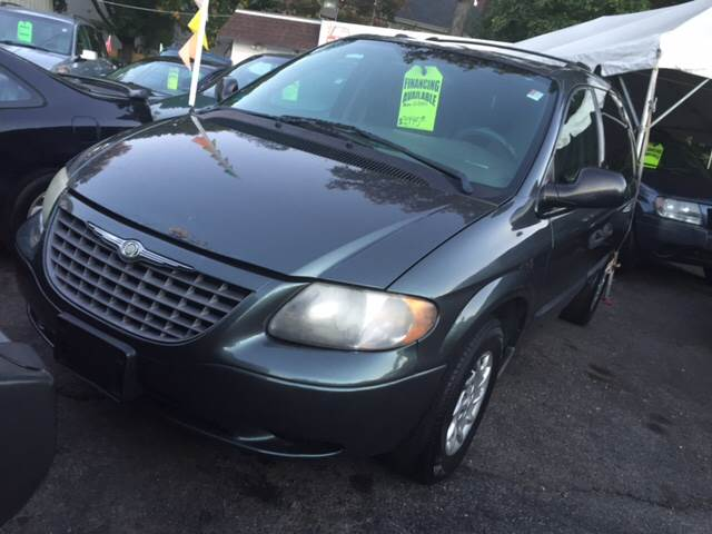 2002 Chrysler Voyager for sale in Yonkers, NY