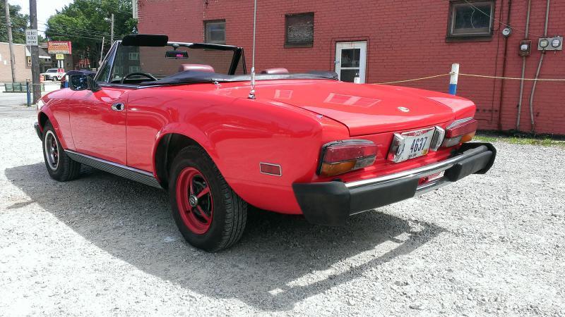 1981 FIAT 124 Spider 2000 - Wickliffe OH