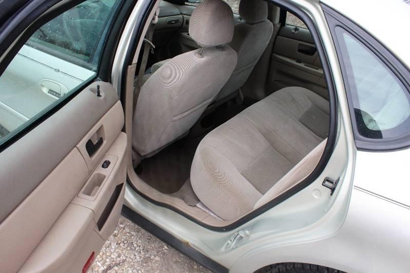 2005 Ford Taurus SEL 4dr Sedan - Crest Hill IL