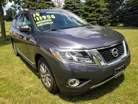 2014 Nissan Pathfinder for sale in Indianola, IA