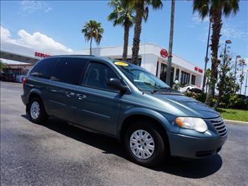 2007 Chrysler Town and Country for sale in Fort Pierce, FL
