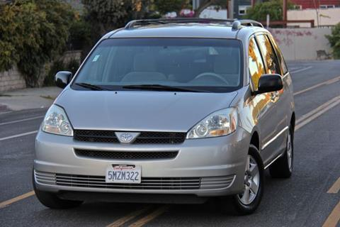 2005 Toyota Sienna for sale in Reseda, CA