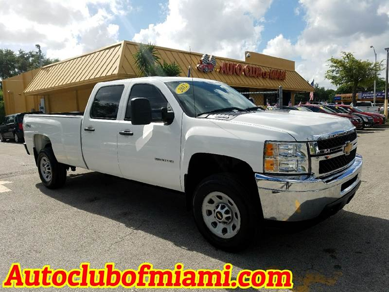 2012 CHEVROLET SILVERADO 3500HD WORK TRUCK 4X4 4DR CREW CAB LB D white heavy duty the one for eve