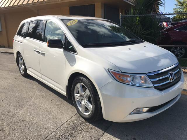2012 HONDA ODYSSEY TOURING 4DR MINI VAN white all of our vehicles are clean titles financing is