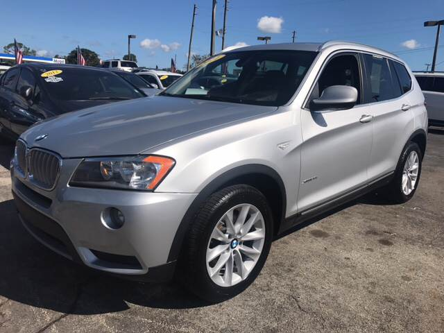 2011 BMW X3 XDRIVE28I AWD 4DR SUV silver all of our vehicles are clean titles financing is avail