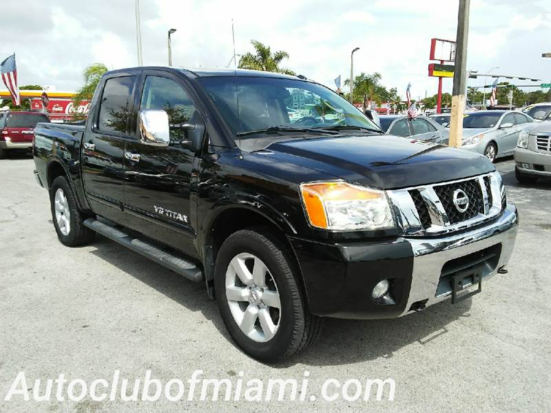2008 NISSAN TITAN LE 4X4 4DR CREW CAB SWB black all of our vehicles are clean titles financing i