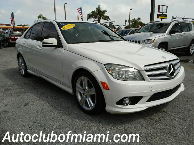 2010 MERCEDES-BENZ C-CLASS C 300 LUXURY 4DR SEDAN white all of our vehicles are clean titles fina