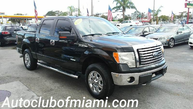 2011 FORD F-150 XLT 4X4 4DR SUPERCREW STYLESIDE black beautiful well kept and excellent all-around