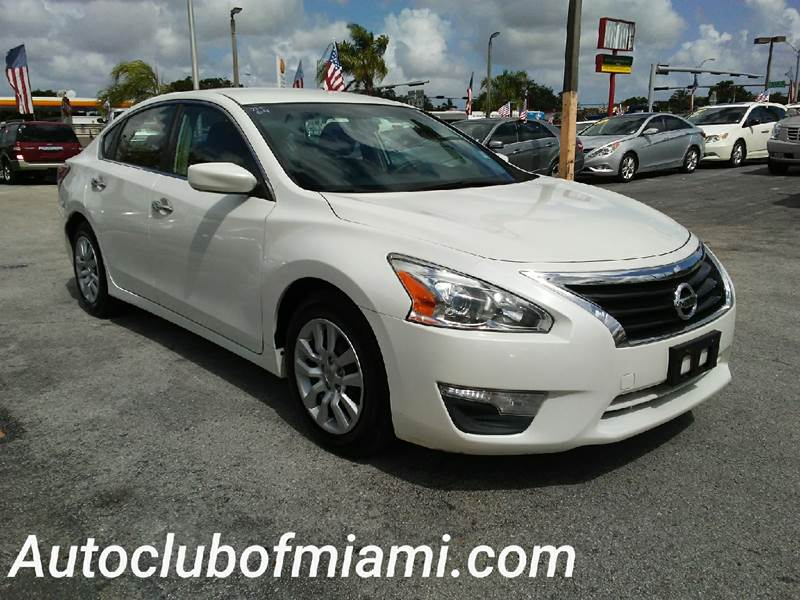 2013 NISSAN ALTIMA 25 S 4DR SEDAN white all of our vehicles are clean titles financing is avail