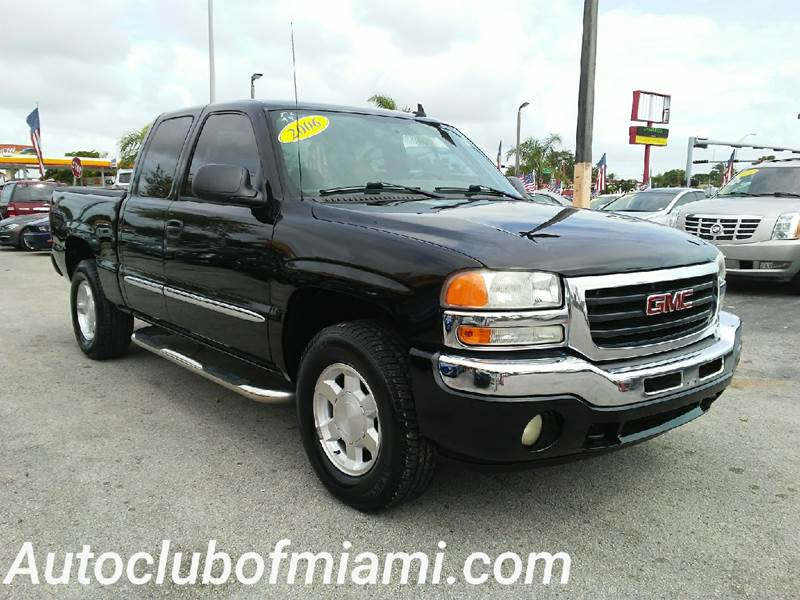 2006 GMC SIERRA 1500 SL1 4DR EXTENDED CAB 65 FT SB black all of our vehicles are clean titles
