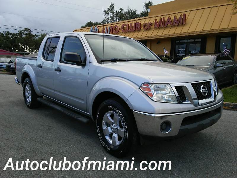 2009 NISSAN FRONTIER LE 4X2 CREW CAB SHORT BED 4DR 5A silver all of our vehicles are clean titles
