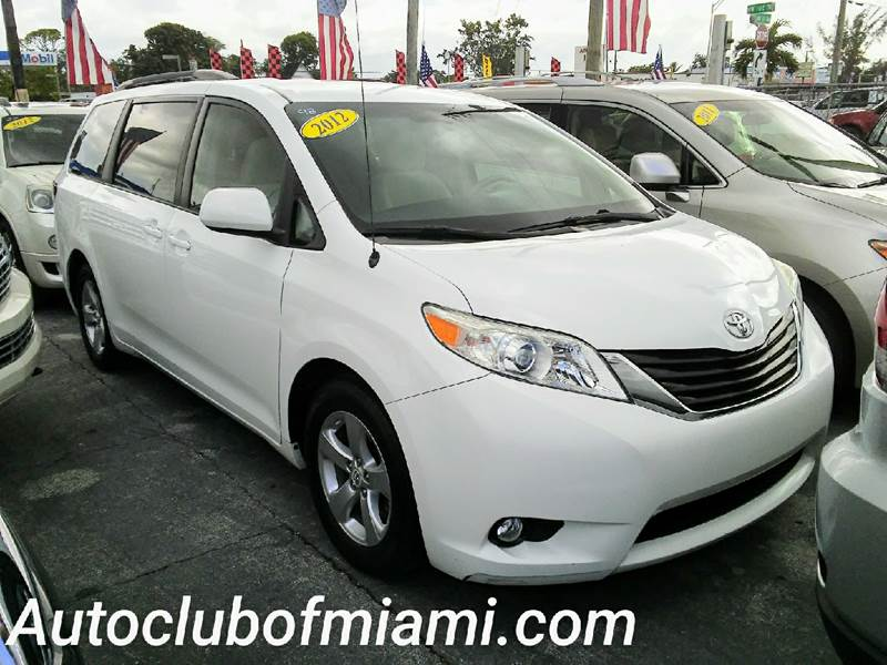 2012 TOYOTA SIENNA LE 7 PASSENGER AUTO ACCESS SEAT white all of our vehicles are clean titles fin