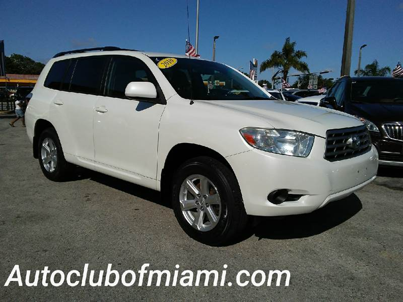2010 TOYOTA HIGHLANDER BASE AWD 4DR SUV white all of our vehicles are clean titles financing is a