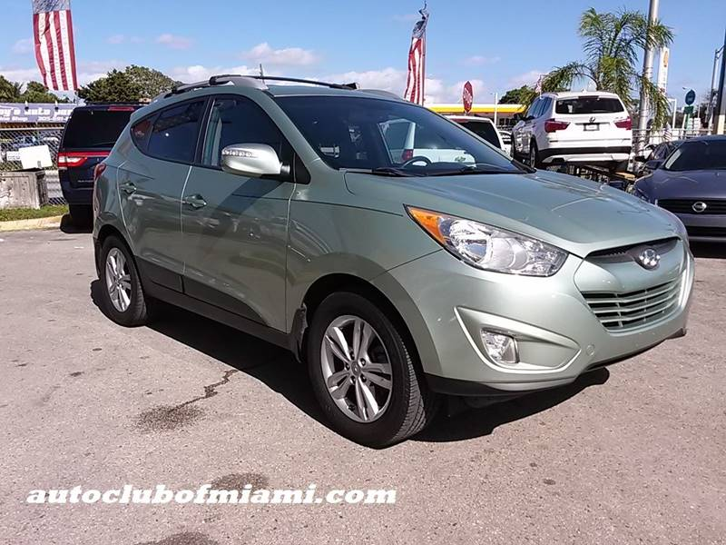 2013 HYUNDAI TUCSON GLS 4DR SUV green all of our vehicles are clean titles financing is availabl