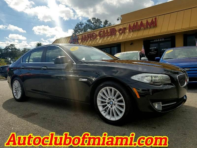 2011 BMW 5 SERIES 535I 4DR SEDAN exhaust - dual tip door handle color - body-color exhaust tip c