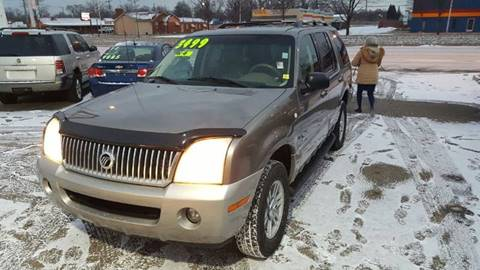 2002 Mercury Mountaineer for sale in Wayne, MI