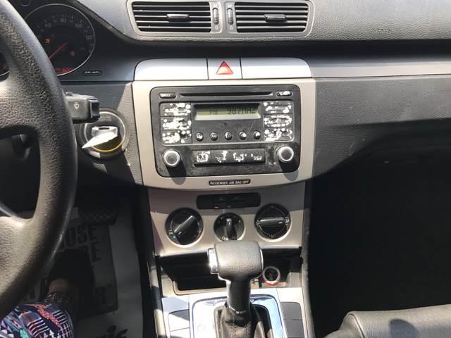2006 Volkswagen Passat 2.0T 4dr Sedan w/Automatic - Somerset KY