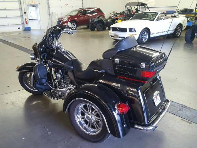 2010 HARLEY TRIGLIDE TRIKE trike - Belle Vernon PA
