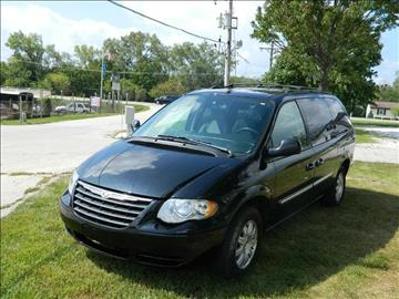 2006 Chrysler Town and Country for sale in Mokena, IL