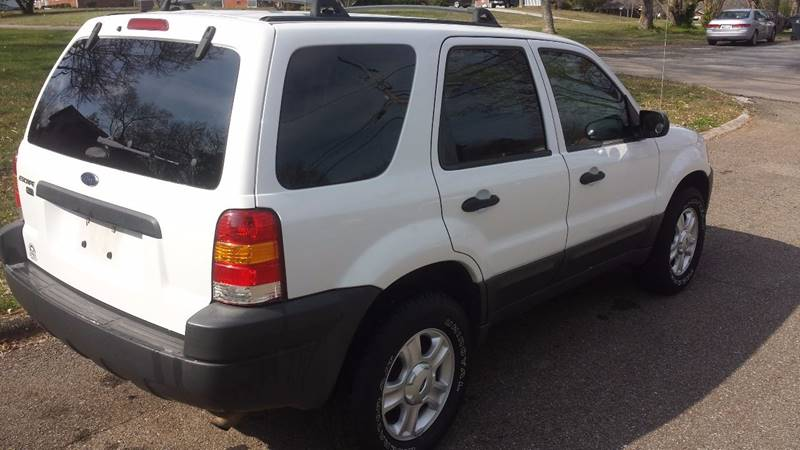 2004 Ford Escape XLT 4WD 4dr SUV - Knoxville TN