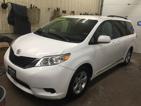 2011 Toyota Sienna for sale at Lewis Blvd Auto Sales in Sioux City IA