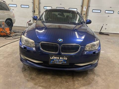 2011 BMW 3 Series for sale at Lewis Blvd Auto Sales in Sioux City IA