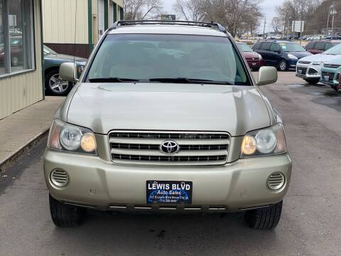 2002 Toyota Highlander for sale at Lewis Blvd Auto Sales in Sioux City IA