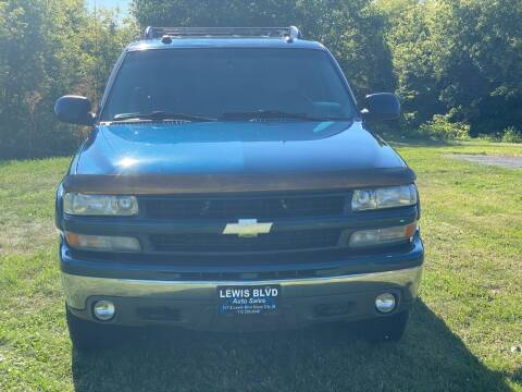 2005 Chevrolet Tahoe for sale at Lewis Blvd Auto Sales in Sioux City IA