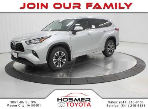 2020 Toyota Highlander XLE for sale at Hosmercars in Mason City IA