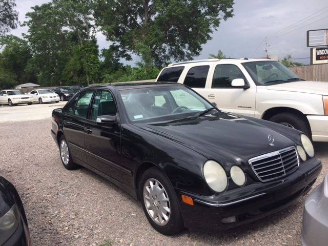 2001 MERCEDES-BENZ E-CLASS E 320 4DR SEDAN black really nice mercedes e320 loaded leather sunroof