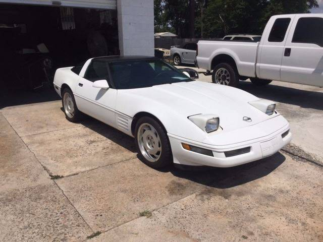 1991 CHEVROLET CORVETTE BASE 2DR HATCHBACK white 1991 corvette targa top cold ac good condition