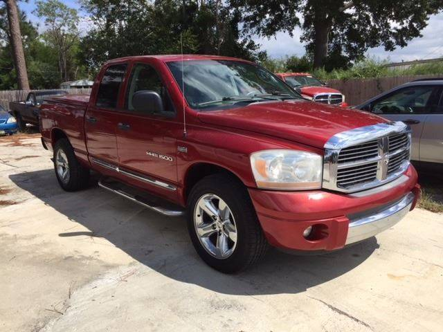 2006 DODGE RAM PICKUP 1500 LARAMIE 4DR QUAD CAB SB burgundy super nice ram leather loaded heated s
