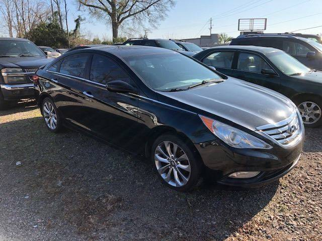 2013 HYUNDAI SONATA SE 4DR SEDAN charcoal nice sonata drives great   we finance 131460 miles VI