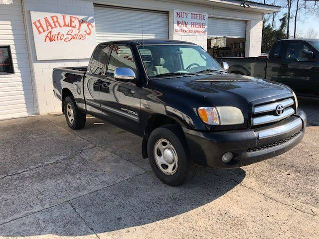 2003 TOYOTA TUNDRA SR5 4DR ACCESS CAB RWD SB V6 black very reliable and dependable truck its a toy