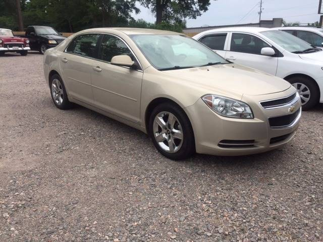2009 CHEVROLET MALIBU LT1 4DR SEDAN tan 2009 mailbu lt at ac loaded only 83k miles nice car doo