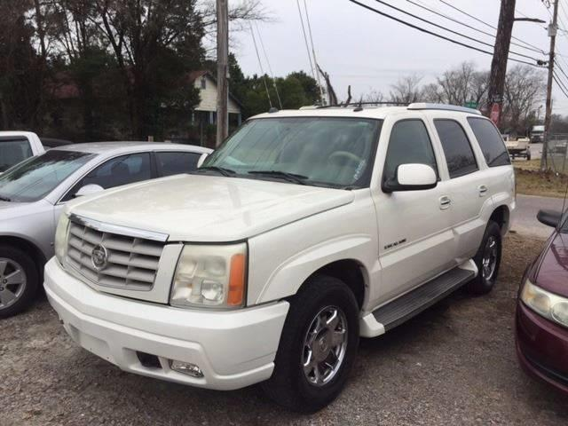 2005 CADILLAC ESCALADE BASE RWD 4DR SUV white loaded nice we finance on the lot trailer hitch ru