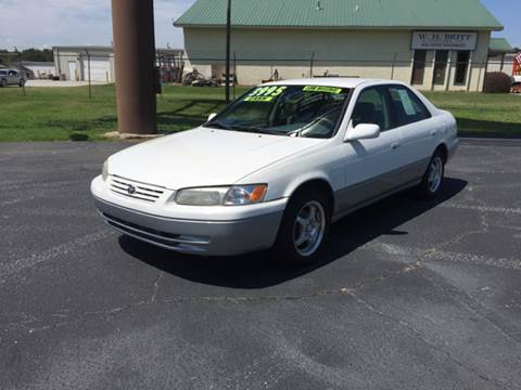 1998 Toyota Camry for sale at Britton Automotive Group in Loganville GA