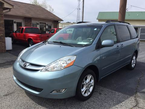 2006 Toyota Sienna for sale at Britton Automotive Group in Loganville GA