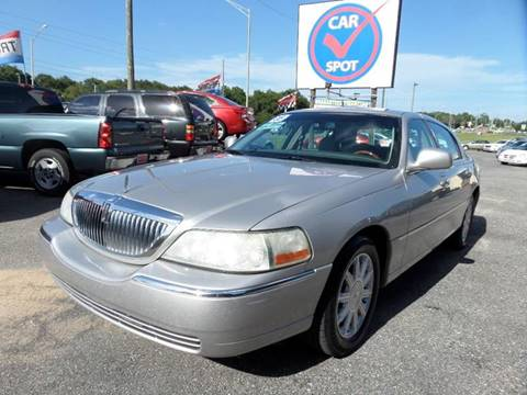 2008 Lincoln Town Car for sale in Mount Dora, FL