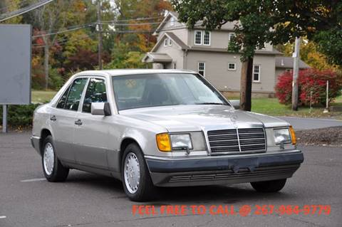 1990 Mercedes-Benz 300-Class for sale at T CAR CARE INC in Philadelphia PA