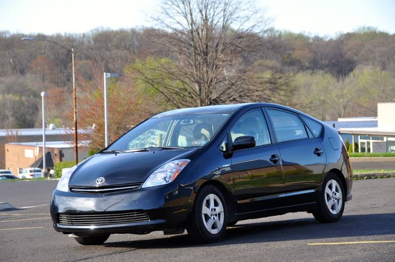 2008 Toyota Prius for sale at T CAR CARE INC in Philadelphia PA