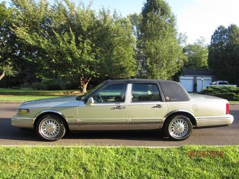 1996 Lincoln Town Car for sale at T CAR CARE INC in Philadelphia PA
